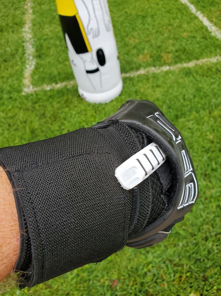 Pro-Game 3.0 Ultimate Goalkeeper Gloves by ZEE - 4mm German Contact Latex and removable finger spines