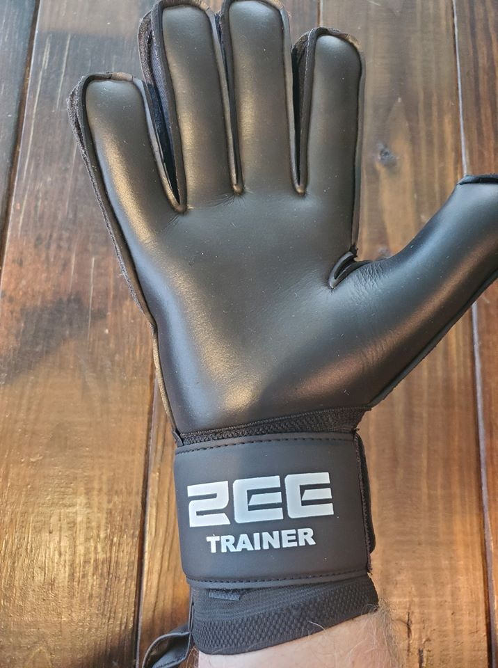 ZEE Trainer Goalkeeper Gloves