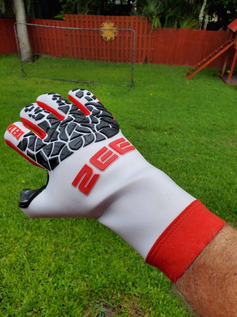 Delta White Pro-Goalkeeper Gloves
