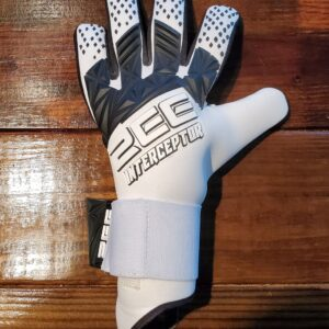 ZEE Interceptor White Goalkeeper Gloves