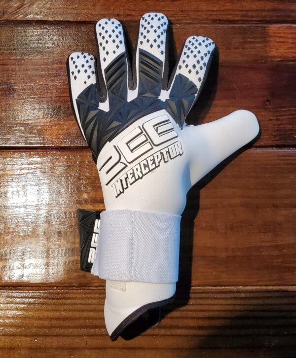 ZEE Interceptor White Goalkeeper Gloves